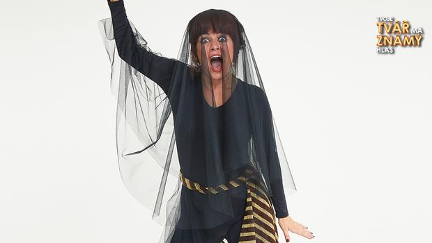 Zuzana Norisová jako Kate Bush – Babooshka