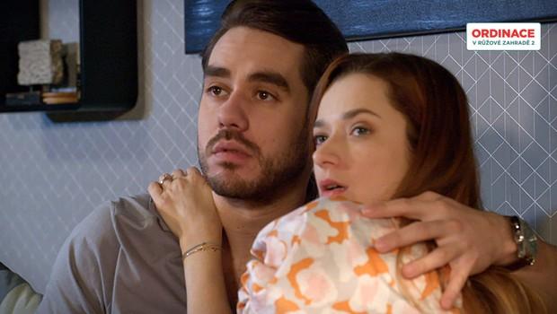 Patrik a Bibi se oddávají intimnostem! Co se pokazí?